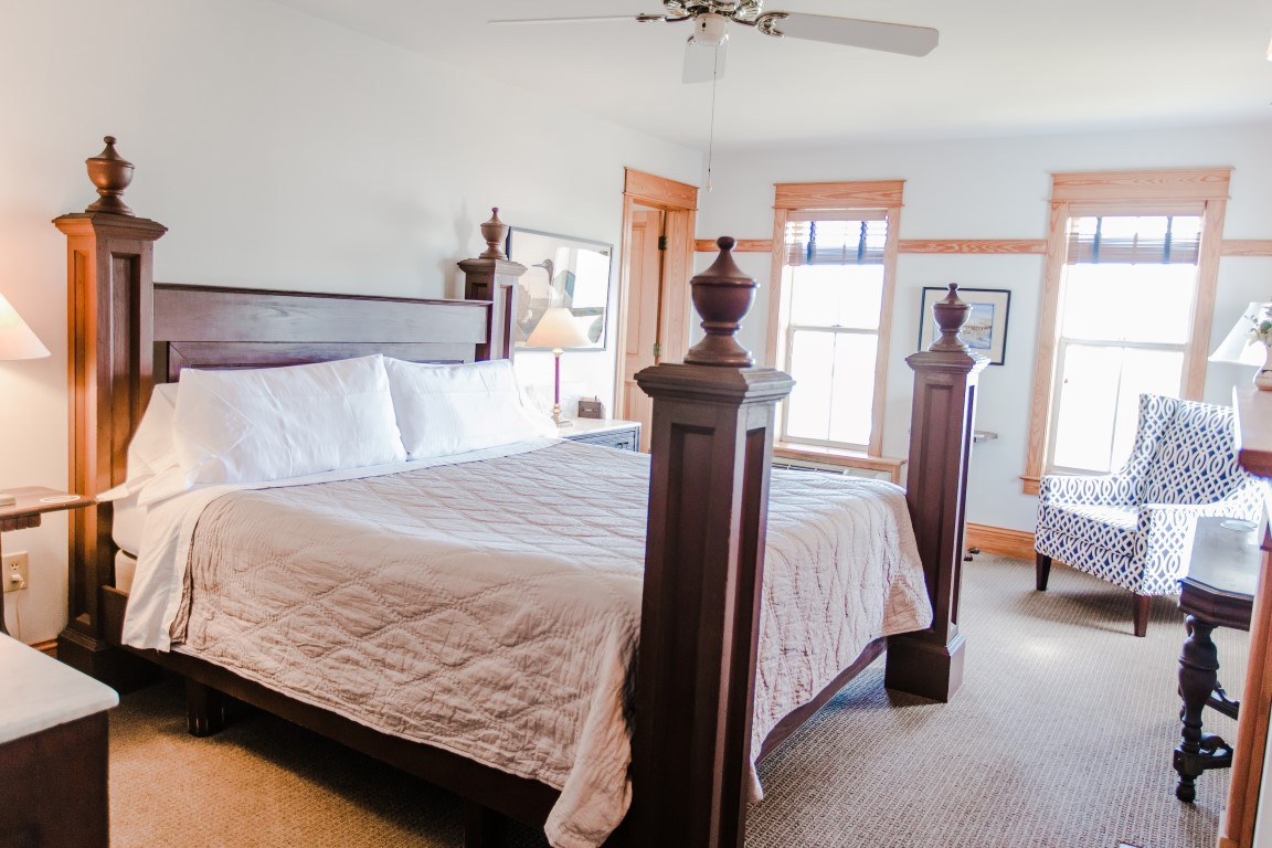 Upstairs Room 5 King Bed Four Poster Bed Facing Windows