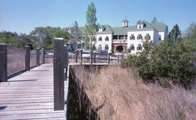 Exterior view of The Roanoke Island Inn